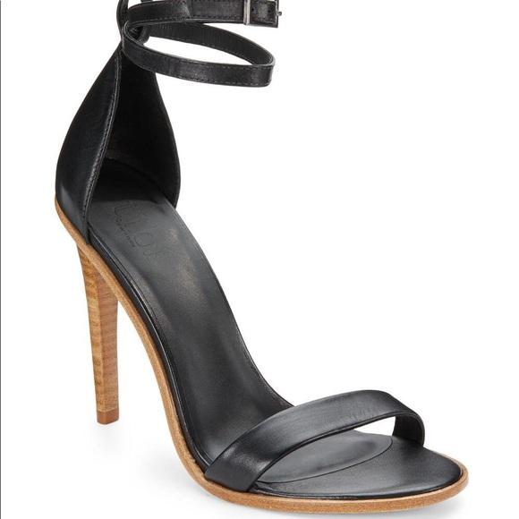 d9f74239da9 Tibi Amber Leather Ankle-strap Sandals in Black. M 5a8c762b1dffdacdd77a0972